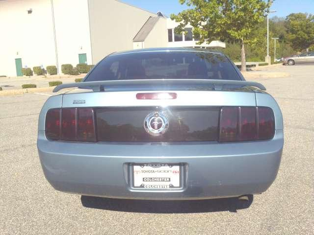 Image 48 of 2006 Ford Mustang V6…