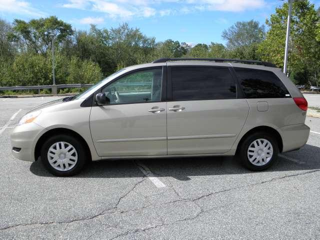 Image 45 of 2007 Toyota Sienna LE…