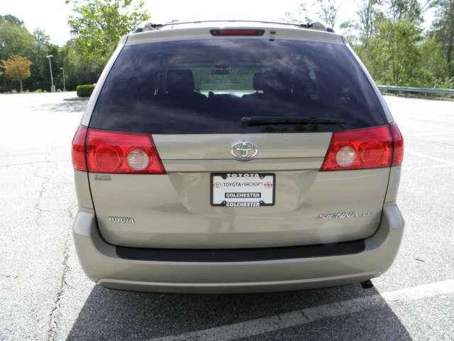 Image 47 of 2007 Toyota Sienna LE…
