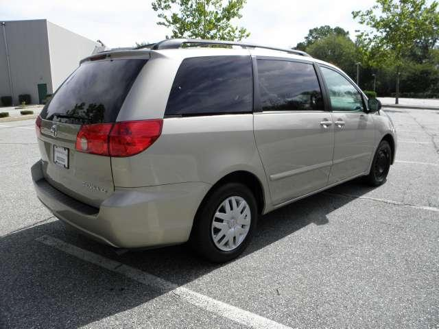 Image 48 of 2007 Toyota Sienna LE…