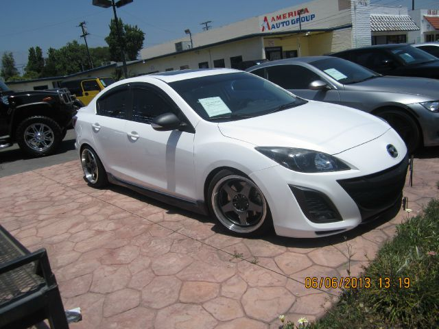 2010 MAZDA 3 S SPORT 4-DOOR white all advertised prices are cash  tax  lic  all government f