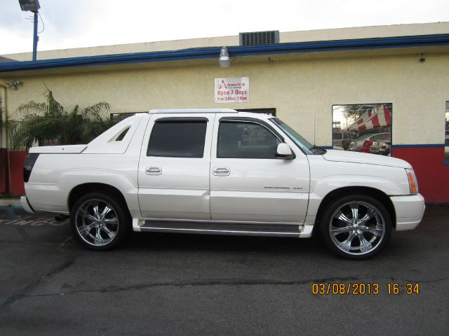 2006 CADILLAC ESCALADE EXT SPORT UTILITY TRUCK pearl 4wdawdabs brakesadjustable foot pedalsair