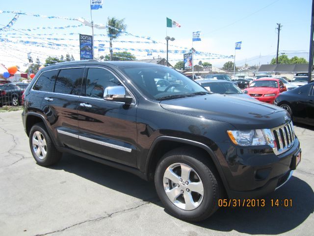 2012 JEEP GRAND CHEROKEE LIMITED 2WD black all advertised prices are cash  tax  lic  all gov