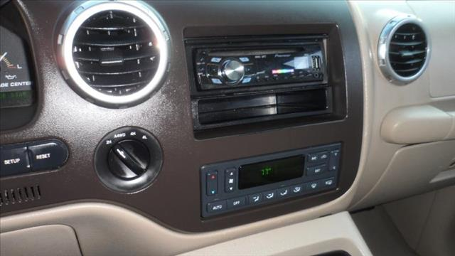 Image 2 of 2003 Ford Expedition…