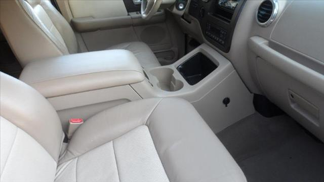 Image 5 of 2003 Ford Expedition…