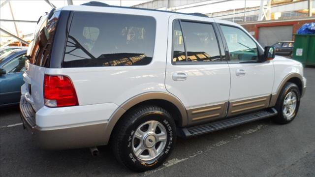 Image 12 of 2003 Ford Expedition…