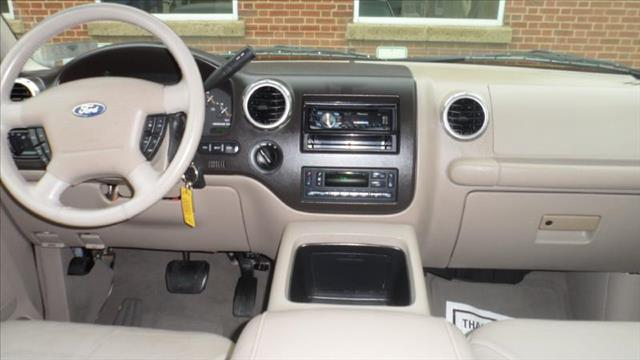 Image 24 of 2003 Ford Expedition…