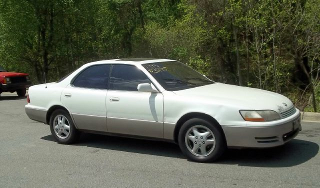 1995 Lexus ES 300