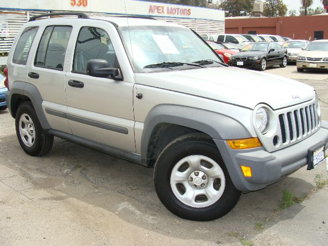 2006 JEEP LIBERTY SPORT 2WD silver clear title abs brakesair conditioningamfm radioanti-brake