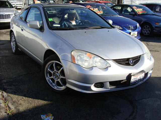 2003 ACURA RSX COUPE WITH 5-SPEED AT silver clean carfax and title reports 4-wheel disc brakes p