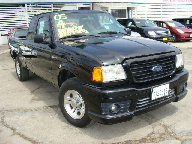 2005 FORD RANGER STX SUPERCAB 2-DOOR 2WD black clean carfax and title reports 1-owner stxside-i