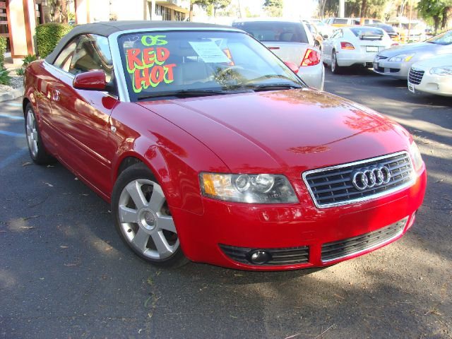 2005 AUDI A4 18T CABRIOLET red clean title and carfax reports turbo-charged fiberglass trim du