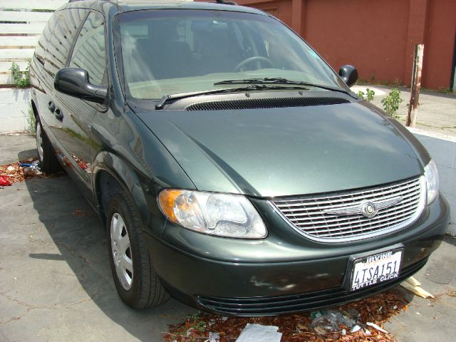 2001 CHRYSLER TOWN  COUNTRY LX green clean title   abs brakesair conditioningamfm radioanti-b