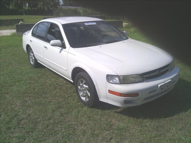 1999 Nissan Maxima SE For Sale In Belleview FL - Ocala Auto Brokers ...