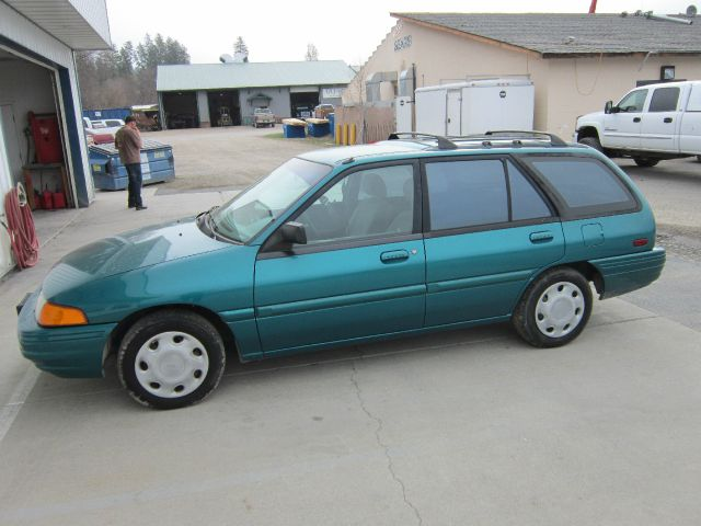 1994 Ford Escort - Colville, WA