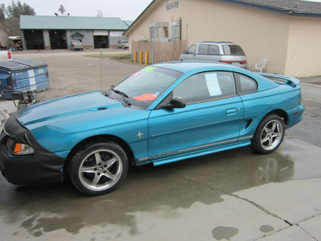 1995 Ford Mustang - Colville, WA