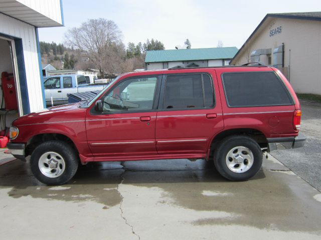 1998 Ford Explorer - Colville, WA