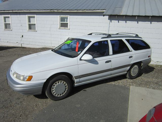 1992 Ford Taurus - Colville, WA