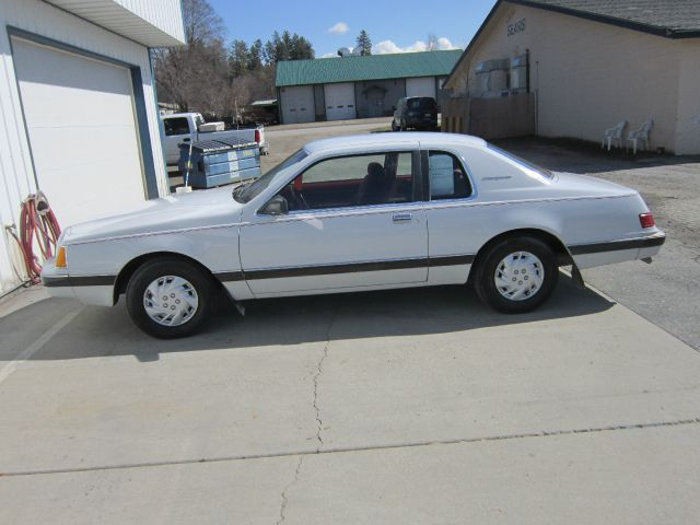 1983 Ford Thunderbird - Colville, WA